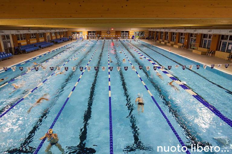 Nuoto libero rosa blu - Piscina trezzano sul naviglio nuoto libero ...